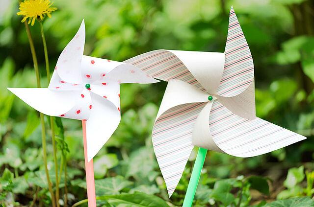 Frischer Wind für den Garten: Bastelt Windräder