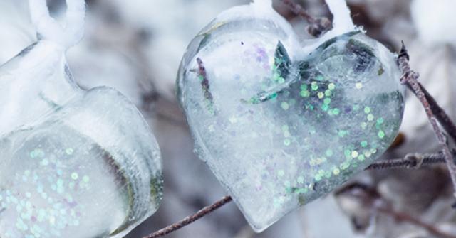 Für kalte Tage: Märchenhafte Eisherzen für Draußen