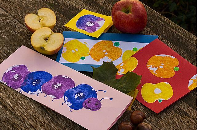 Macht viel Spaß und sieht toll aus: Kunterbunter Apfel-Druck!