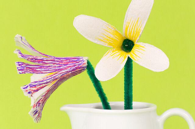 Blütenpracht aus Eierkarton