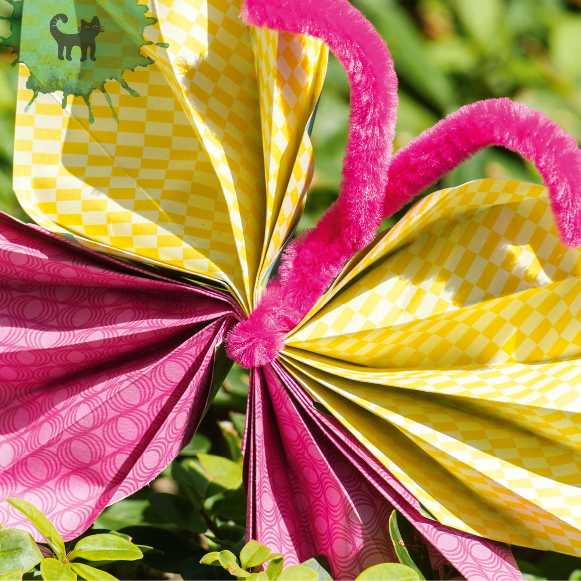 Leuchtende Pfeifenputzer Schmetterlinge Ein Bunter